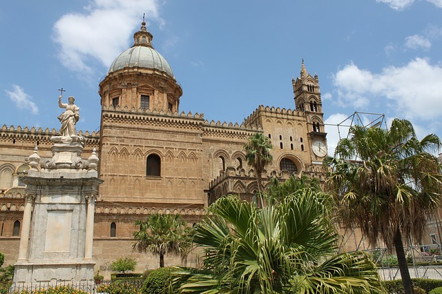cathedral-of-palermo-327030_640